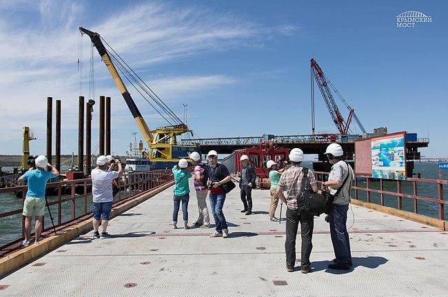 строительстве моста в Крым