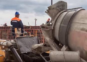 Строители Керченского моста возвели «юбилейную» сотую опору