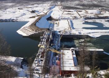 На Усть-Среднеканской ГЭС начали монтаж машинного зала для третьего гидроагрегата