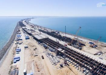 Строители возвели половину опор Крымского моста и сделали более 3 км мостовых пролетов