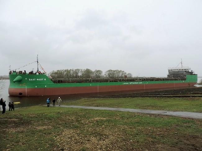 танкер проекта RST54
