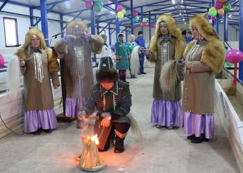 В Олёкминском районе Якутии открылась новая ферма на 240 голов и телятник